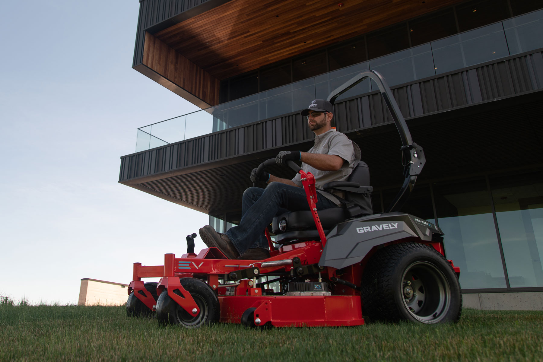When to Use an Electric Commercial Mower