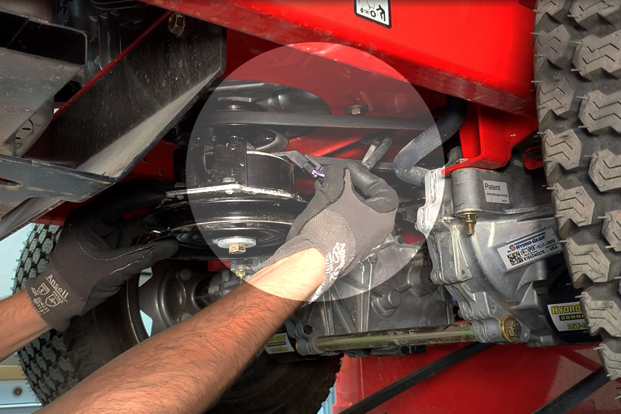 How to Change a Lawn Mower Hydro Belt | Gravely